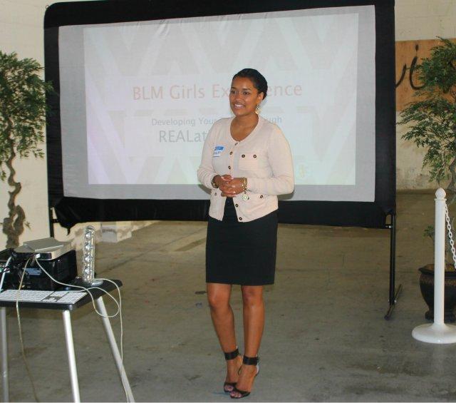 BLM-Girl-experience-branding-women-bloggers-fashiondujour-naturallycurlykinky